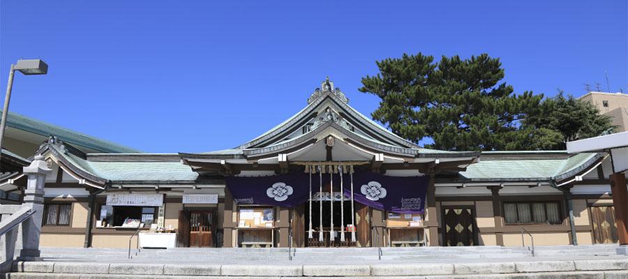 亀山八幡宮社殿