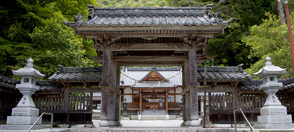 白山ひめ神社